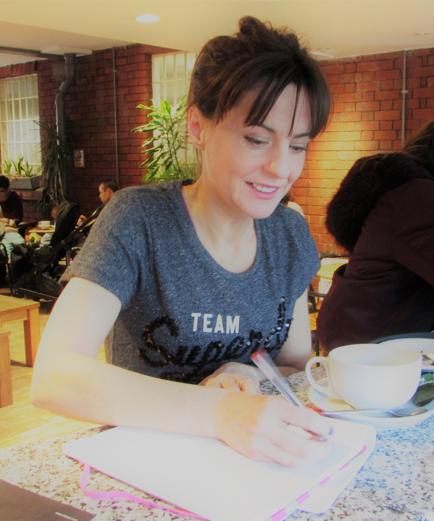 Heidi Ellert-McDermott Writer